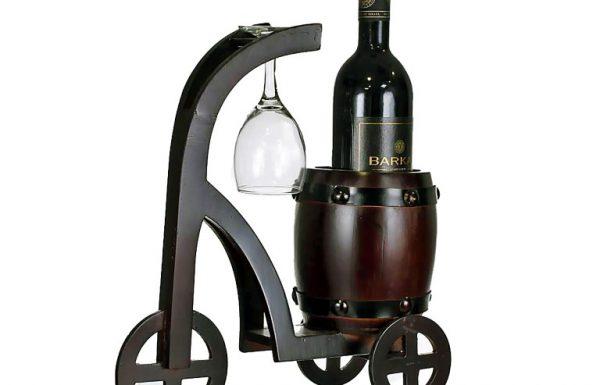 לכבוד שבועות: סדרה חדשה של מעמדי יין מעוצבים
